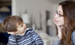 Во сколько ребенок заговорит?