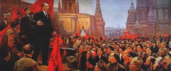 Ленин говорит речь