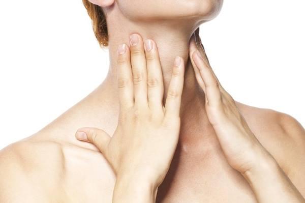 Потеря голоса при ларингите как лечить: препараты при потере голоса